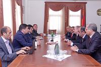 Премьер-министр принял делегацию комиссии, регулирующей общественные услуги РА