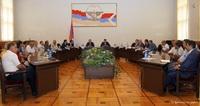 ԼՂՀ վարչապետը հանդիպել է տաքսի ծառայություններ մատուցող ընկերությունների ներկայացուցիչներին