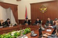 Премьер-министр НКР принял делегацию дипломатической школы МИД РА