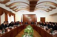 Ара Арутюнян принял делегацию во главе  с Овиком Абрамяном