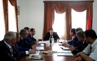 Ара Арутюнян созвал рабочее совещание относительно сбора урожая