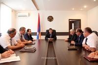 Араик Арутюнян встретился с работниками налоговой сферы