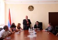 Вице-премьер поздравил работников кадастра с профессиональным праздником