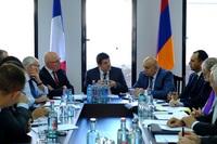 Под председательством премьер-министра было основано ремесленное училище Езника Мозияна»