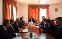 Arayik Haroutyunyan convened a working consultation concerning autumn sowing and harvest festival organization