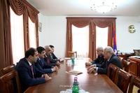 Arayik Haroutyunyan received a delegation led by Yervand Zakharyan