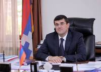 Arayik Haroutyunyan's congratulatory message in view of the New Year and Christmas