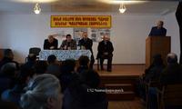 Араик Арутюнян принял участие в отчетных собраниях глав общин Сарушена и Аветараноца