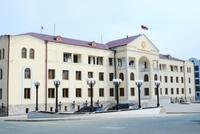 Կառավարության հատուկ հաշվեհամարին է փոխանցվել, ընդհանուր առմամբ, 3.295 մլրդ դրամ, իսկ ապրիլի 19-ին՝ 146 մլն դրամ