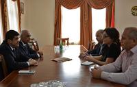 Премьер принял представителей армянского съезда Америки