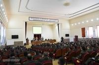 Президент Саакян принял участие в заседании военного совета Армии обороны