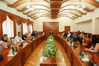 """State minister received a group of participants of the """"Of Armenian Descent"""" project"""