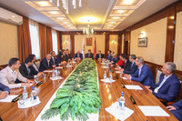 Григорий Мартиросян представил новоизбранного мэра Степанакерта