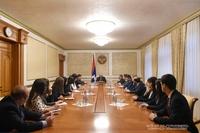 Президент Саакян принял группу слушателей дипломатической школы МИД РА