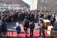 Bako Sahakyan and Nikol Pashinyan participated in a solemn ceremony of handing over keys from a newly built dwelling house to the families of officers