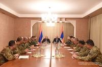 Президент Бако Саакян и Премьер-министр Никол Пашинян провели рабочее совещание