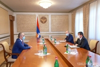 President Arayik Harutyunyan received chairman of the Armenian State Revenue Committee Edvard Hovhannisyan
