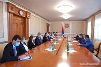 Президент Арутюнян принял делегацию Министерства иностранных дел РА