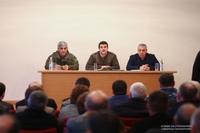 Президент Арутюнян представил в Аскеране новоназначенного руководителя администрации Армена Каграманяна