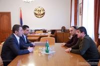 Президент Арутюнян принял председателя Комитета кадастра РА Сурена Товмасяна