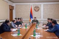 Араик Арутюнян дал поручения по упорядочению платы за жилье и обеспечению внутренного правопорядка