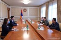 Президент Арутюнян принял министра юстиции Республики Армения Рустама Бадасяна