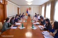 В Аппарате Президента Арцаха были обсуждены возможные варианты решения ряда правовых поствоенных проблем