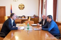 Arayik Harutyunyan receives the representative of ''Hayastan'' All-Armenian Fund, which is launching new programs in Artsakh