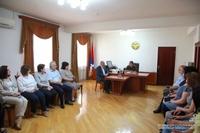 Араик Арутюнян представил сотрудникам Министерства финансов нового министра Ваграма Багдасаряна