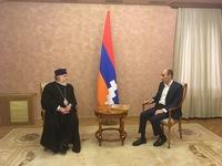 Artak Beglaryan discussed humanitarian programs with Catholicos Garegin II