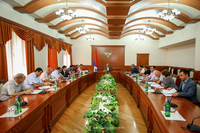 Государственный министр  созвал совещание, посвященное решению жилищных вопросов, возникших вследствие войны 2020г.