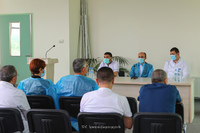 The State Minister toured the Republican Medical Center and met with the medical staff