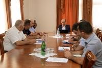 Артак Бегларян созвал совещание по программе жилищного обеспечения