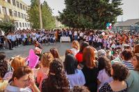Школа является началом службы Родине: Артак Бегларян поздравил школьников с днем знаний