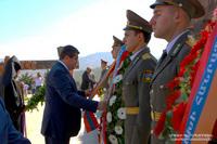 President Arayik Harutyunyan visited Stepanakert city memorial on Artsakh Republic Day