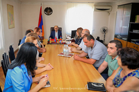 The State Minister introduced the newly appointed minister of labour, social and migration affairs