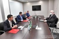 Президент Республики Арцах Араик Арутюнян встретился с российским сопредседателем Минской группы ОБСЕ Игорем Ховаевым